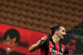 Liga Italia -  Milan masih di puncak  klasemen meski diimbangi Verona