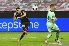 Alario kembali cetak dwigol saat bantu Leverkusen tundukkan Gladbach