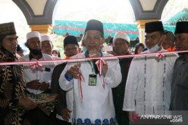 Bupati Tapsel ajak masyarakat makmurkan masjid