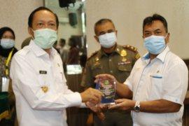 Walikota Medan berikan penghargaan ke PTPN IV