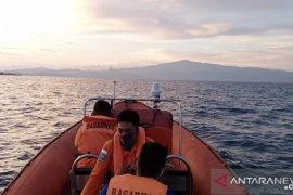 SAR Namlea cari dua orang tenggelam di Perairan Pulau Kelang