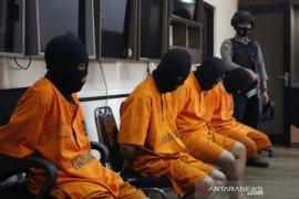 Polisi Sumedang tangkap empat penganiaya seorang prajurit TNI