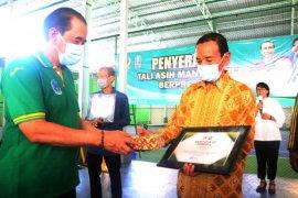 KONI Jatim beri penghargaan mantan atlet berprestasi tepat di Hari Pahlawan
