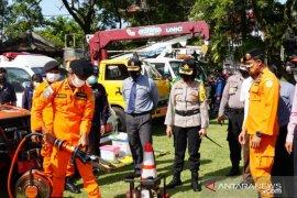 Pjs Bupati Karangasem pimpin Apel Hari Pahlawan dan Apel Gelar Pasukan Kesiapsiagaan Bencana