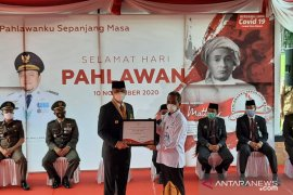 Ikut tangani COVID-19, BPOM Jambi terima penghargaan di Hari Pahlawan