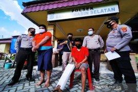 Dua pelaku pembunuhan di Banjarmasin dihadiahi tembakan di kaki