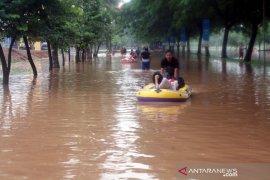 Warga Karawang diminta waspadai kemungkinan banjir