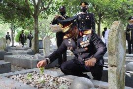 Kapolda Aceh ajak masyarakat jadi pahlawan kemanusiaan di tengah pandemi COVID-19