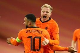 Gol Van de Beek selamatkan Belanda dari kekalahan lawan Spanyol