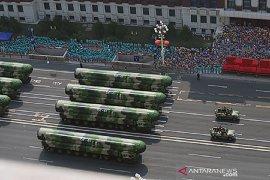 Trump larang investasi AS di perusahaan terafiliasi militer China