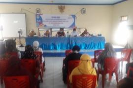 Guru SMP - SMA Rasau Jaya ikut sosialisasi sekolah siaga kependudukan