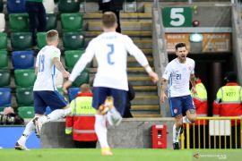 Gol Michal Duris bawa Slovakia ke EURO 2020