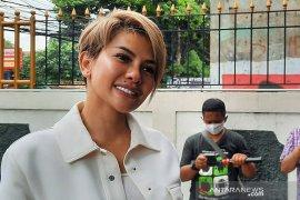 Kemarin, Nikita Mirzani hingga perkembangan COVID-19 Jakarta