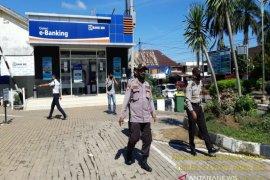 Polisi patroli kawasan ATM Bank BRI Unit Pelaihari