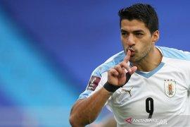 Positif COVID-19, Suarez bakal lewatkan laga melawan Brazil