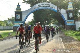 Rombongan Gowes 2020 kilometer PON Papua tiba di Lombok