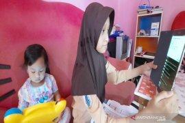 Tunda pembukaan sekolah di Banjarmasin