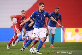 Italia menundukkan Polandia untuk pimpin klasemen Grup A1