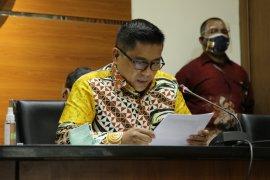 KPK tahan anggota DPRD Jawa Barat Abdul Rozaq Muslim
