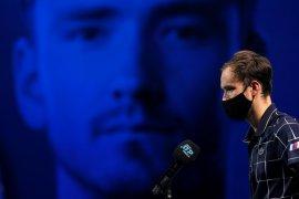 """Daniil Medvedev """"pede"""" hadapi Djokovic seusai menang perdana di ATP Finals"""