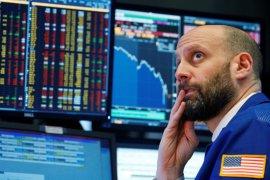 Wall Street turun tertekan lonjakan COVID-19, data penjualan ritel yang lemah