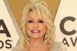 Penyanyi Dolly Parton sumbang 1 juta dolar AS untuk vaksin COVID-19 Moderna