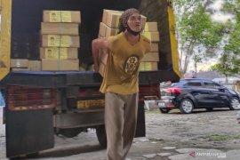 Sebanyak 95 koli surat suara Pilgub tiba di gudang logistik KPU HST