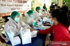 10.458 KPPS dan petugas ketertiban TPS di Denpasar jalani uji cepat