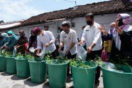 Banyuwangi dorong masyarakat tingkatkan konsumsi ikan lewat program Bak Daya Lekung