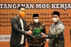 Politik uang dinilai tak pengaruhi warga Surabaya memilih paslon di pilkada