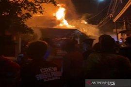 Empat bangunan rumah di Banjarmasin hangus terbakar