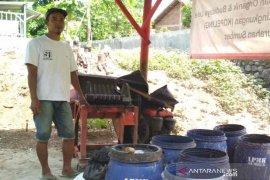 Komunitas pemuda di Cirebon olah sampah organik jadi pakan ikan