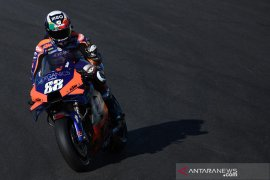 Pahlawan lokal Oliveira raih pole position perdana di MotoGP Portugal