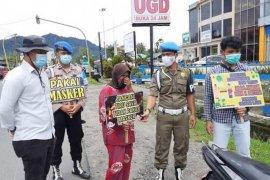 Masyarakat dan pengguna jalan di Tapteng terjaring razia prokes