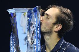 Tundukkan Thiem, Medvedev raih gelar juara ATP Finals