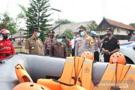 Pjs Bupati Bengkayang minta masyarakat untuk waspada bencana alam