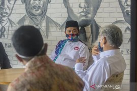 Cawali H Ibnu Sina silaturahmi ke Biro Antara Kalsel: Kami sudah kampanye di 500 titik