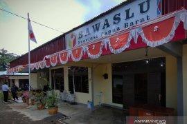 Bawaslu rekomendasikan TPS khusus pasien COVID-19 di Papua Barat