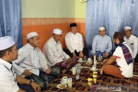 SABIL bersama Guru Bakhiet dan para habaib minta restu dan do'a ke Pemangkih