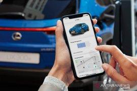 Harga mobil listrik baterai Lexus UX 300e dibandrol Rp1,245 miliar