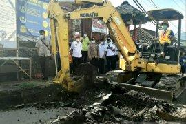 Pjs Bupati Karangasem tinjau rekontruksi ruas Jalan Selat-Sidemen