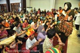 10 tahun Wali Kota Risma, Kembangkan pendidikan gratis hingga pemerataan mutu