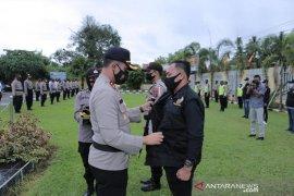 Petugas sukarela Pokdarkamtibmas HSS bantu tugas penegak hukum