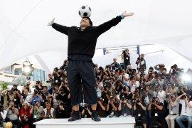 Dunia sepak bola berduka atas kepergian Diego Maradona