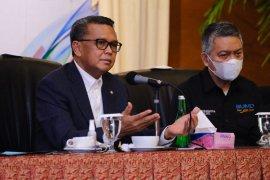 Gubernur Sulsel apresiasi layanan kependudukan cukup di kantor kecamatan