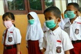 Bupati siap suplai masker ke sekolah