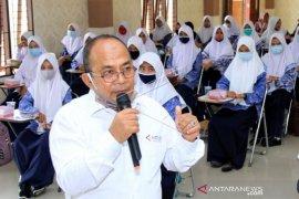 Pelatihan Jurnalistik Untuk Siswa Di Aceh Barat Page 1 Small
