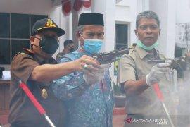 Kejari Aceh Barat musnahkan barang bukti hasil kejahatan berkekuatan hukum
