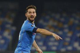 Liga Europa - Napoli seri lawan AZ 1-1 membuat perebutan tiket 32 besar makin ketat
