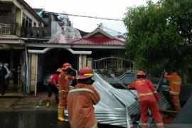 Puting beliung dan banjir landa Kota Bengkulu